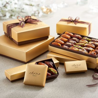 buy premium Cassandra gift box with dates