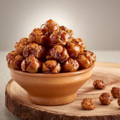 Kholas Dates with Caramelised Macadamia by bateel