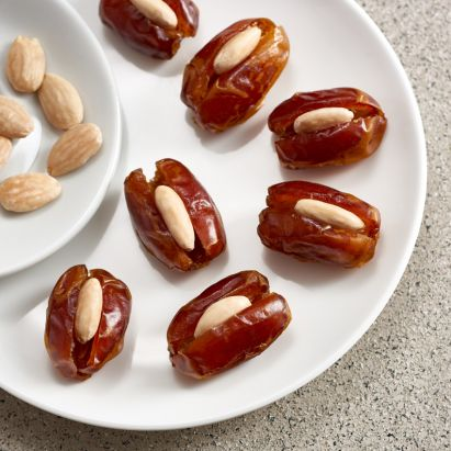 shop for luxurious kholas dates with roasted almond online