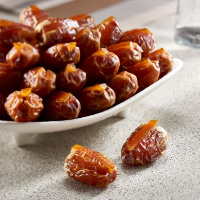 bateel's segai dates with candied orange peel for sale