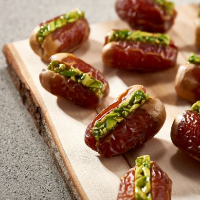 buy segai dates with pistachio online