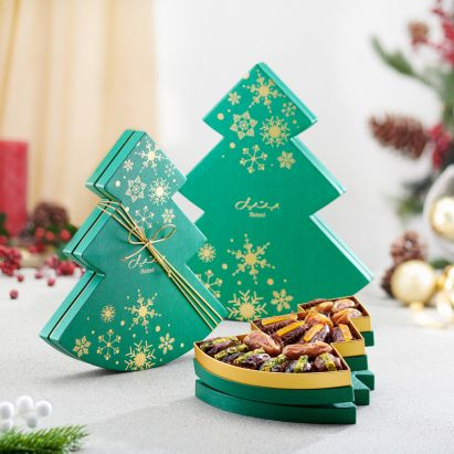 christmas green winter tree gifting