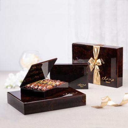 Boîte-cadeau Dark Wood en vente chez Bateel