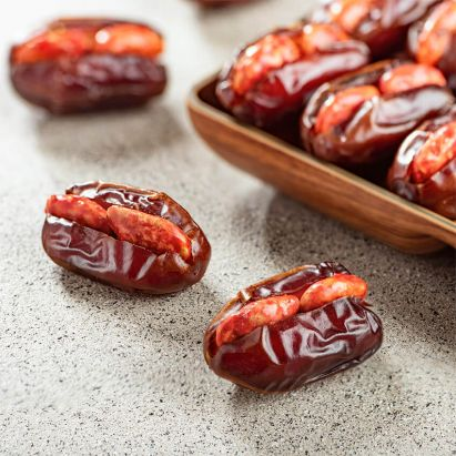 Khidri Dates with Caramelised Almond and Honey